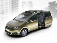 7 osobowy Seat Alhambra 2010 fot. Seat