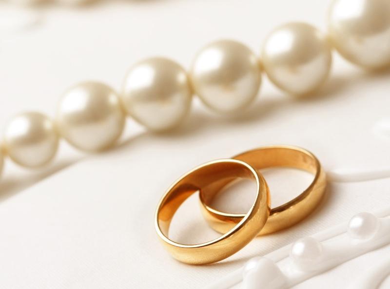Ślub cywilny w plenerze – 1 tys. zł/ fot. Fotolia